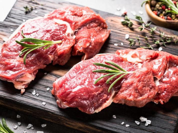 Школярам купили м'яса