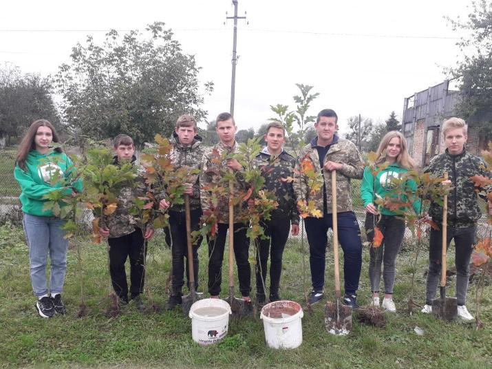акція «Посади дерево» у Вовковиях
